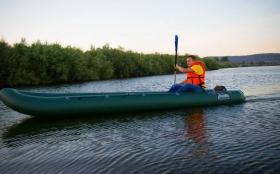 kayaks_2.jpg